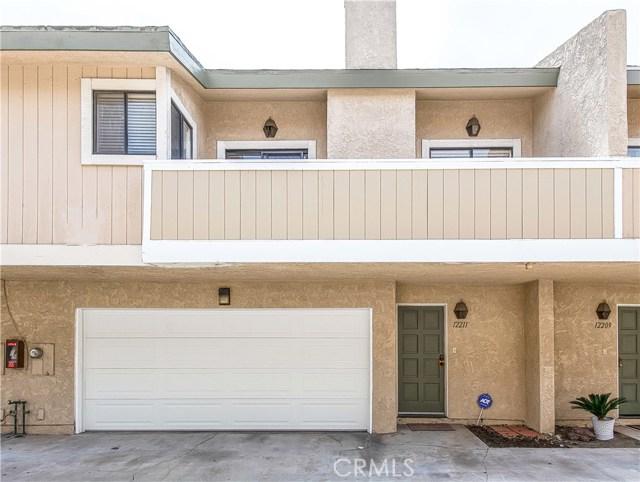 Photo of 12211 Grevillea Avenue, Hawthorne, CA 90250