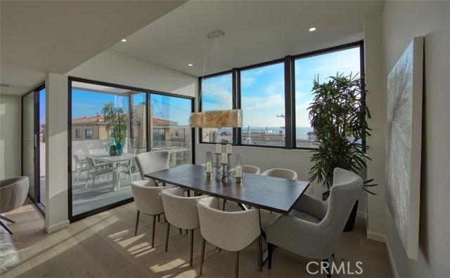 246 30th Street, Hermosa Beach, California 90254, 4 Bedrooms Bedrooms, ,4 BathroomsBathrooms,For Sale,30th,SB19212204