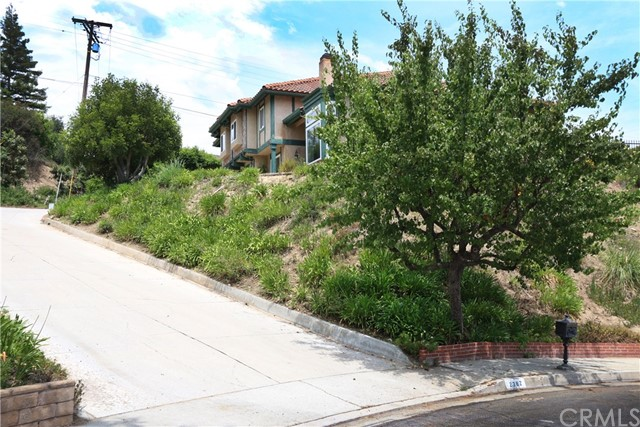Photo of 2362 Flintridge Drive, Glendale, CA 91206