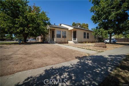 1045 E Dakota Avenue, Fresno, CA 93704