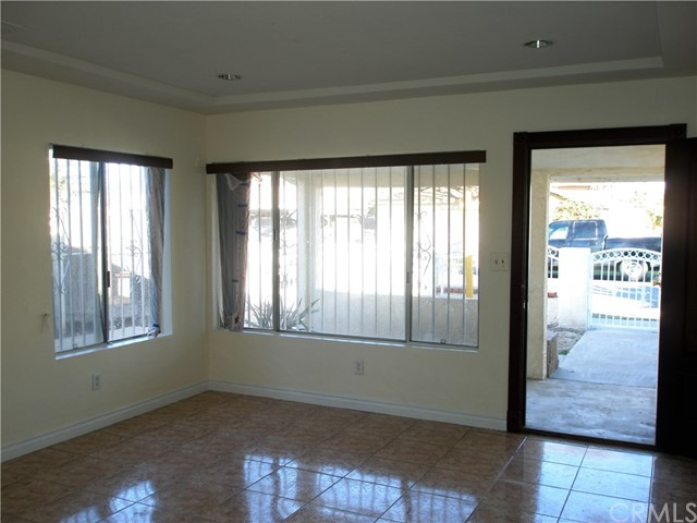 11630 207th Street, Lakewood, CA 90715