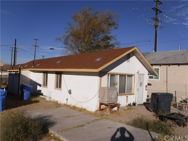 Image 3 of 421 Hutchison St, Barstow, CA 92311