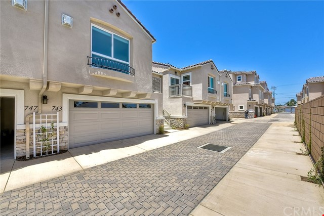 743 Magnolia Avenue, Carlsbad, CA 92008 Photo 0