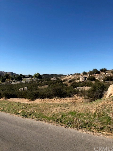 2 Stage Rd, Temecula, CA  Photo 4