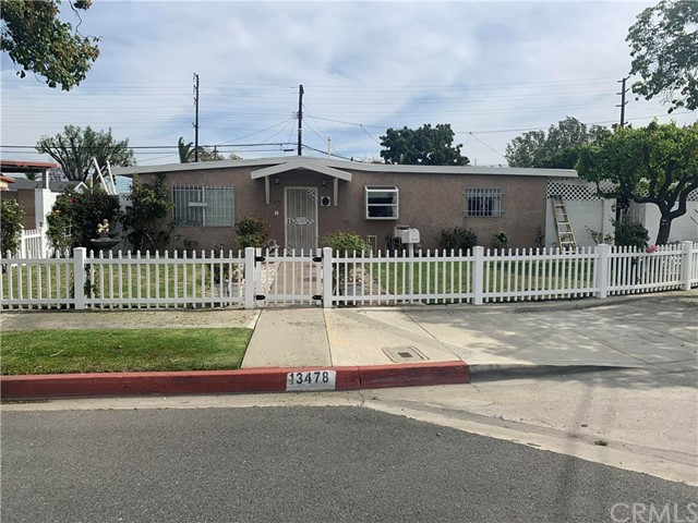 13478 Fanshaw Avenue, Paramount, CA 90723