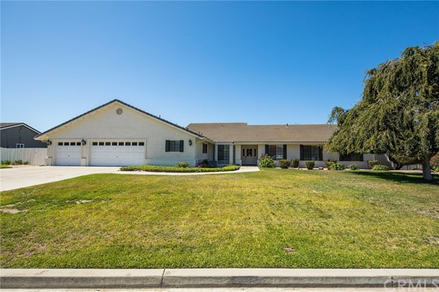 4405 Kapalua Drive, Santa Maria, CA 93455