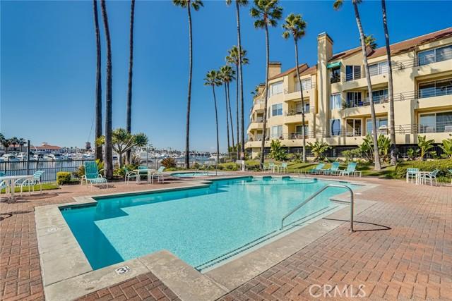 Resort Style Pool Area with Salt Water-Always HEATED Pool!