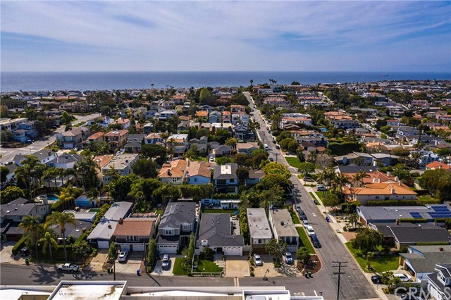 711 Larsson Street, Manhattan Beach, California 90266, 4 Bedrooms Bedrooms, ,2 BathroomsBathrooms,For Sale,Larsson,SB21061703