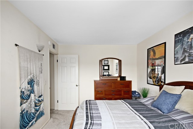 44. 4949 Ironwood Avenue Seal Beach, CA 90740