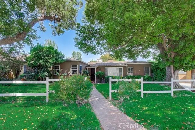 1713 Riverside Dr, Glendale, CA 91201