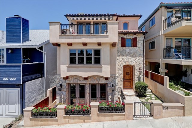 Photo of 231 29th Street, Hermosa Beach, CA 90254