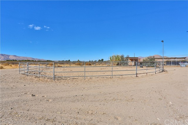 10054 Trade Post Rd, Lucerne Valley, CA 92356 Photo 35