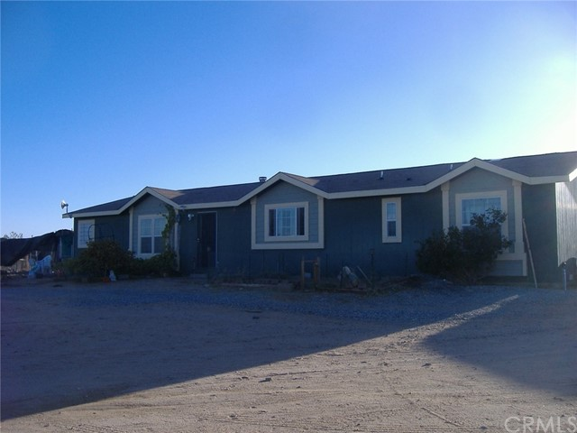 1175 Juniper Road, Landers, CA 92285