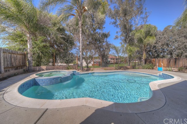 24097 Outrigger Drive, Canyon Lake, CA 92587