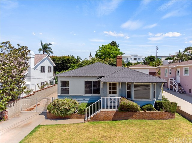 917  10th Street, Manhattan Beach in Los Angeles County, CA 90266 Home for Sale