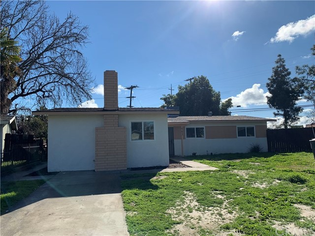 993 Holt Avenue, Hanford, CA 93230