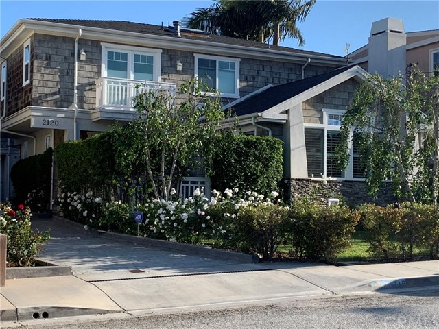 2120 Bataan Road, Redondo Beach, California 90278, 5 Bedrooms Bedrooms, ,3 BathroomsBathrooms,Townhouse,For Sale,Bataan,SB19083557