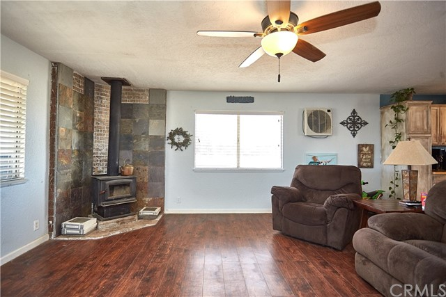 10054 Trade Post Rd, Lucerne Valley, CA 92356 Photo 7