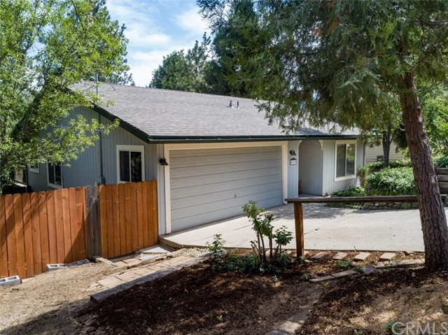 49739 Pierce Drive, Oakhurst, CA 93644