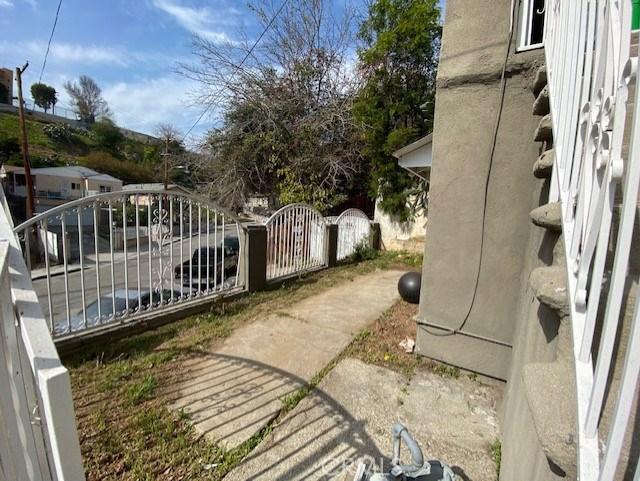 846 N Brannick Av, City Terrace, CA 90063 Photo 3
