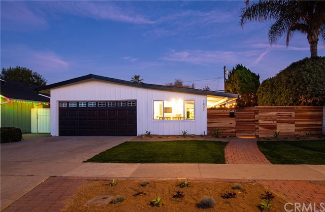 1832 Iroquois Ave, Long Beach, CA 90815