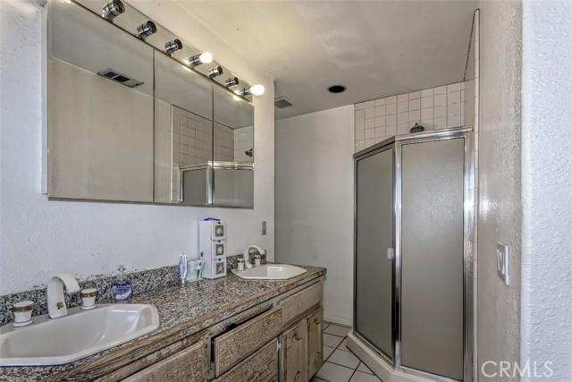 55. 5225 Bellflower Street Oak Hills, CA 92344