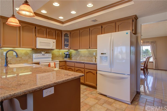 7026 Kouries Wy, Oak Hills, CA 92344 Photo 2