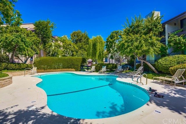 46. 8711 Falmouth Avenue #110 Playa del Rey, CA 90293