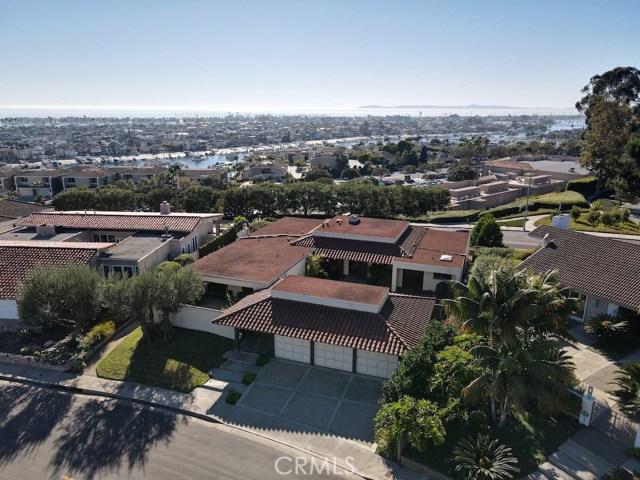1015 Dolphin Terrace | Irvine Terrace (IRVT) | Corona del Mar CA