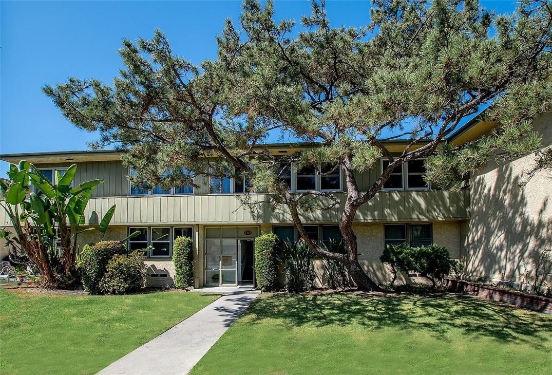 24. 5325 Cahuenga Boulevard #D North Hollywood, CA 91601