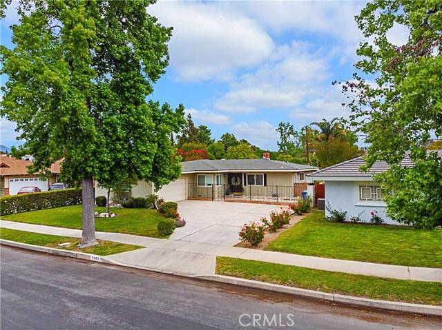 8924 Gaynor Avenue, North Hills, CA 91343