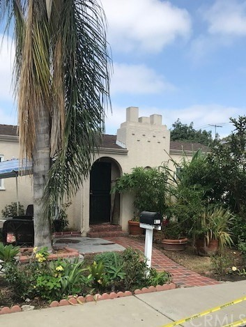 612 S Van Ness Avenue, Santa Ana, CA 92701