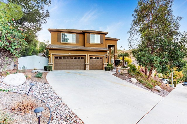 16205 Sun Summit Drive, Riverside, CA 92503