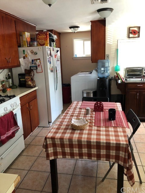 1623 E Villa St, Pasadena, CA 91106 Photo 6