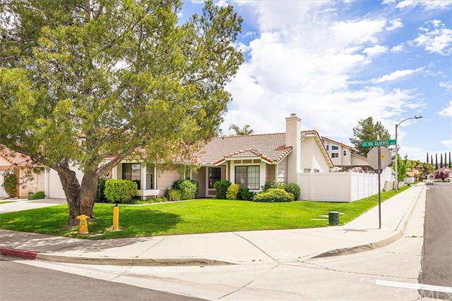 This lovely and hard to find, single story home is waiting for its new family. It's located in the highly desirable area of South Temecula on a large corner lot and across the street from a park. With four bedrooms and two full baths, this home has great potential! Step into the formal living room and cozy up to the fireplace on cold winter evnings.  Enjoy the formal dining area on a daiily basis or only on special occassions, it's totally up to you because along with the formal dining area, there is a place for a table in the kitchen! Speaking of the kitchen, new stainless steel appliances were recently installed!  The kitchen steps into the family room, close enough to hear the movie while making popcorn!  The master bedroom has a walk in closet and a newer sliding glass door that steps from the master bedroom to the covered patio.  The side yards are large with a fenced in dog run on one side of the house and a rose garden on the other.  The two car garage has built in cabinets a work bench and a roll up garage door.  This home is close to schools and shopping, with low taxes as well as low HOA fees!
