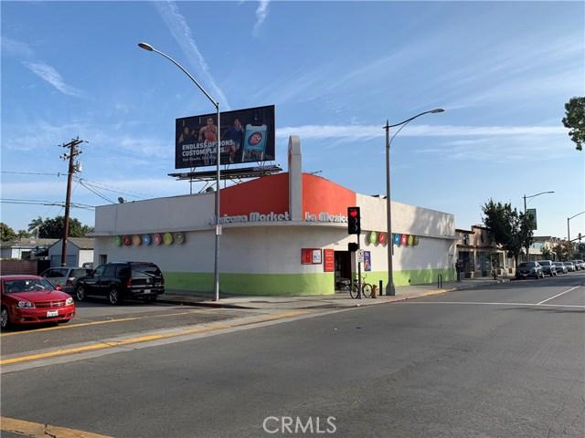 2082 Santa Fe Avenue, Long Beach, CA 90810