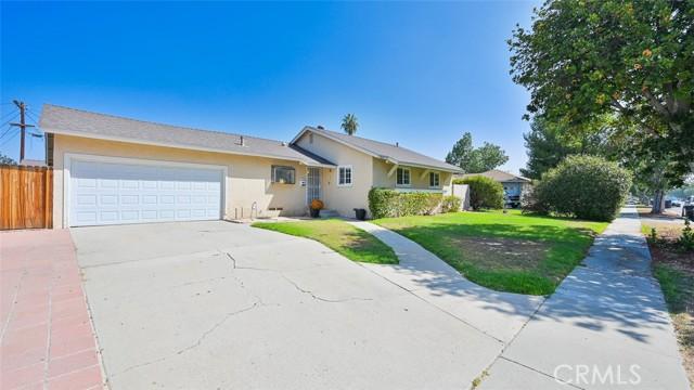 1027 Lorna St, Corona, CA 92882