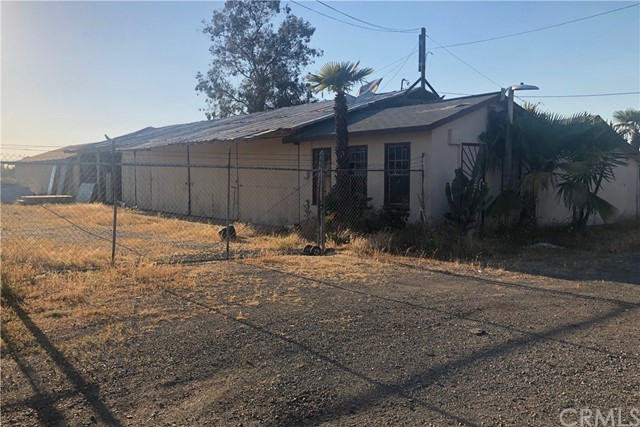 1481 N Marks Avenue, Fresno, CA 93722