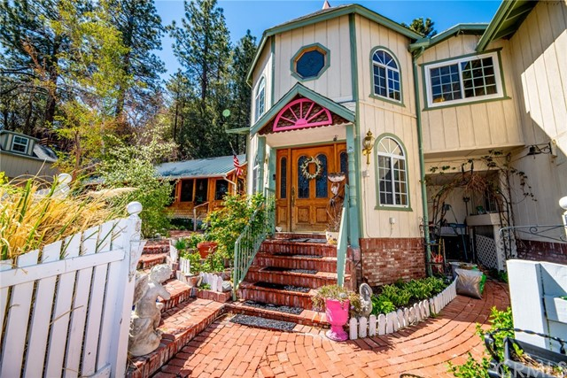 5194 Lone Pine Canyon Road, Wrightwood, CA 92397
