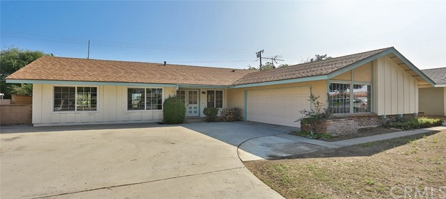 4786 Romola Avenue, La Verne, CA 91750