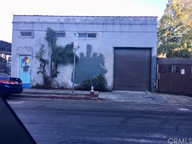 5838 Woodlawn Avenue, Los Angeles, CA 90003