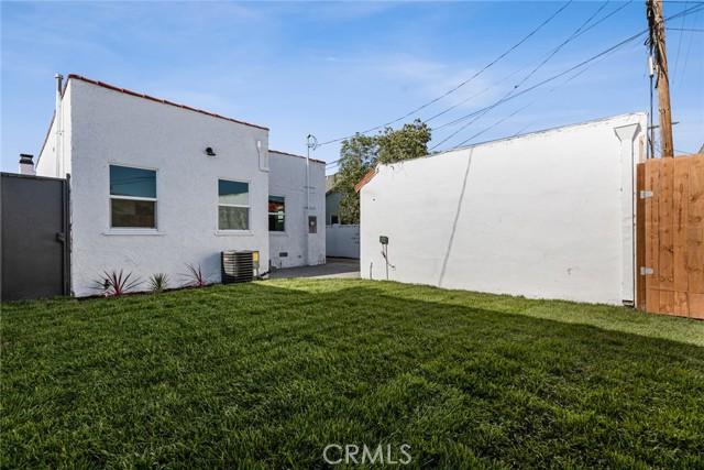 Image 26 of 1046 W 81St Pl, Los Angeles, CA 90044