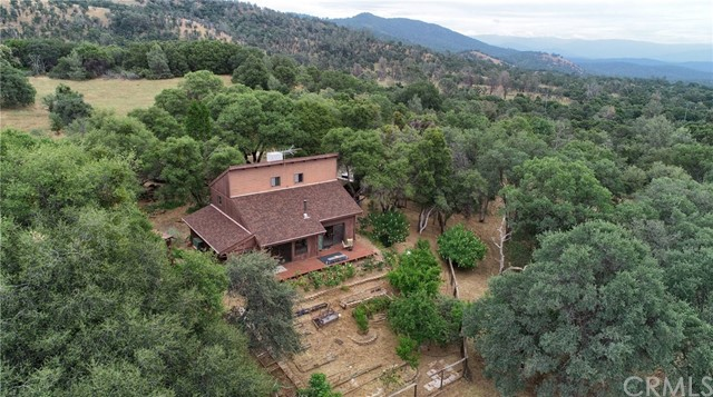 34494 Old Hickory Lane, Coarsegold, CA 93614