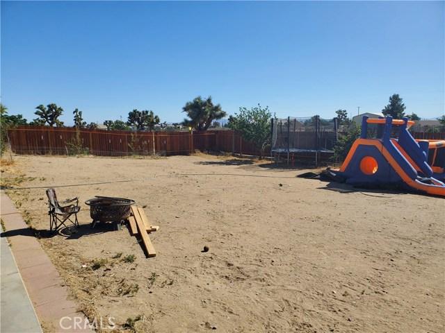 10791 Columbine Rd, Oak Hills, CA 92344 Photo 17