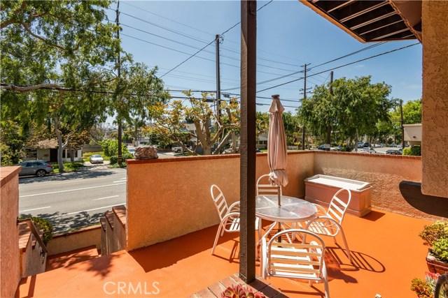 2501 Grant Avenue A, Redondo Beach, California 90278, 3 Bedrooms Bedrooms, ,2 BathroomsBathrooms,For Sale,Grant,SB20070804