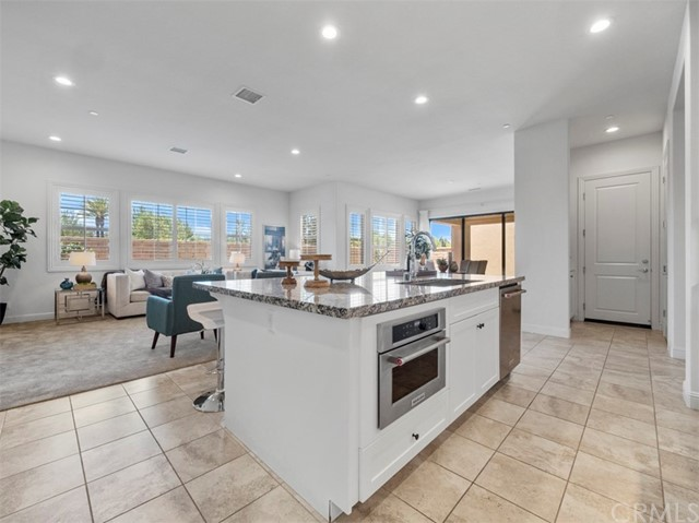 5. 58 Big Bend Way Lake Forest, CA 92630