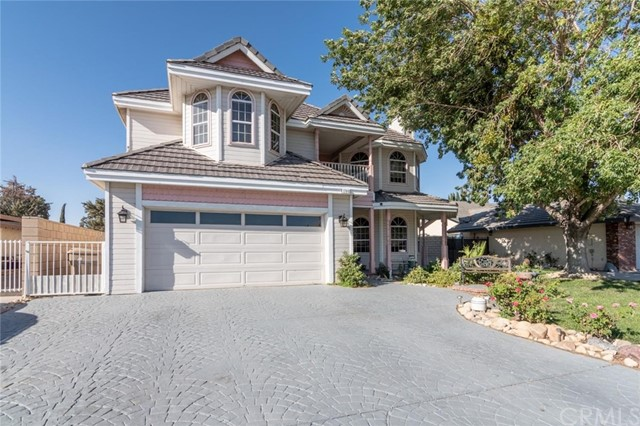 17940 Lakeview Drive, Victorville, CA 92395
