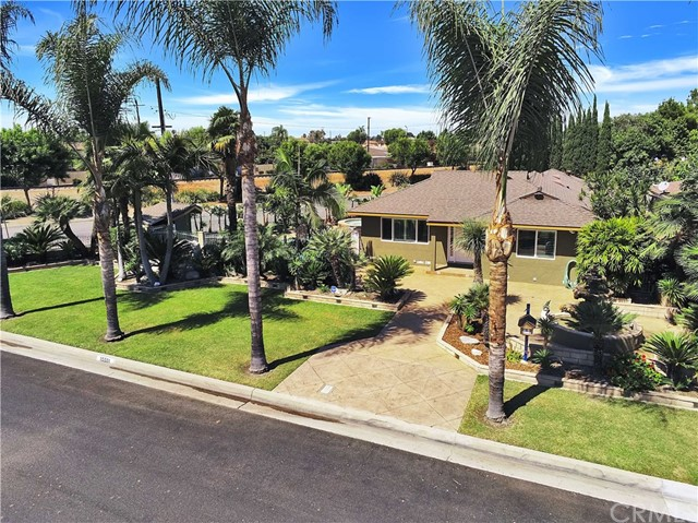 15551 Santa Ana Avenue, Bellflower, California 90706, 3 Bedrooms Bedrooms, ,2 BathroomsBathrooms,Single Family Residence,For Sale,Santa Ana,PW20162955