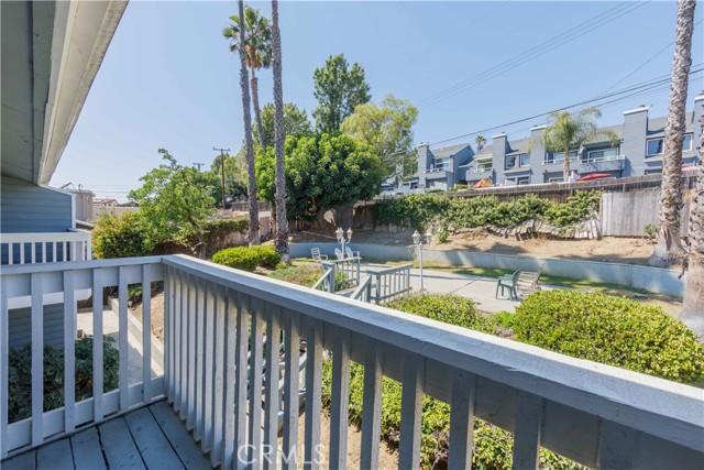 36. 185 E Pepper Drive Long Beach, CA 90807