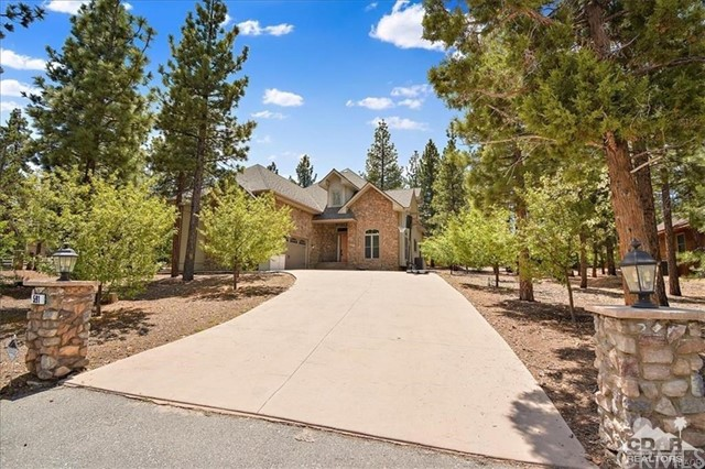 591 Creekside Lane Lane, Big Bear, CA 92314